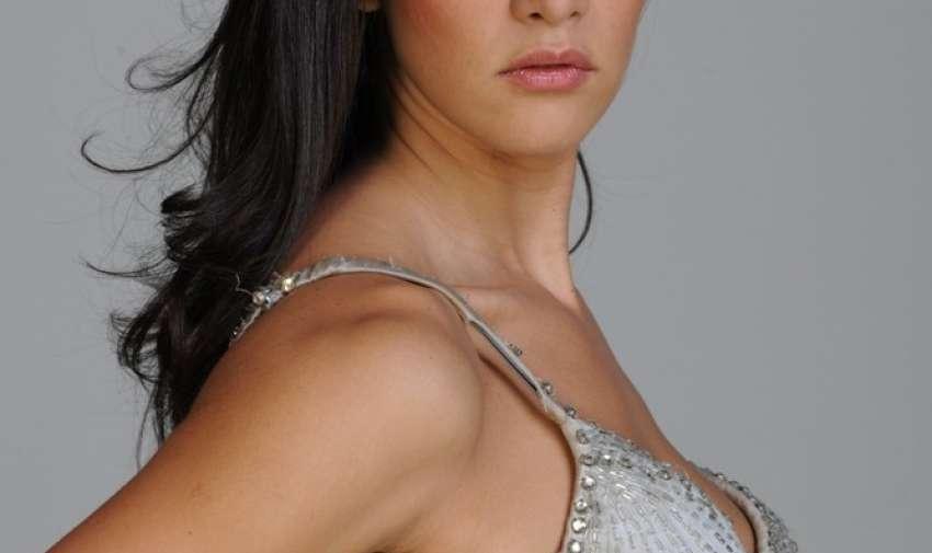 Interpretó su último papel como protagonista en la telenovela Pasión Prohibida de la Cadena Telemundo.