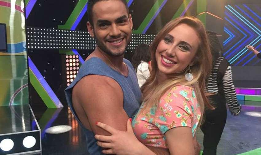 Gabriel y Jazz, durante el estreno del nuevo reality Yingo. Foto: Ecuavisa