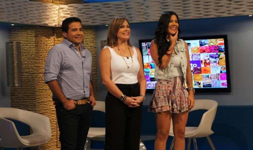 """Henry, Michela y Úrsula durante el concurso """"Cascareados de Cachimundo"""". Foto: Ecuavisa"""