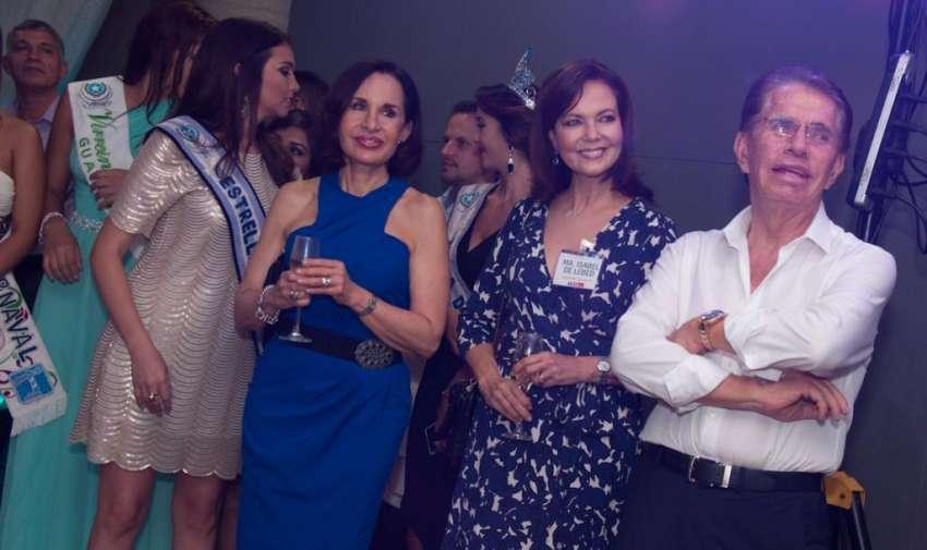 Gloria Gallardo, María Isabel de Lebed y Alfonso Espinoza durante el evento de bienvenido. Foto: Mauricio Torres