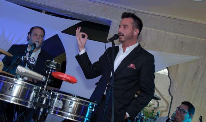Andrés Jungbluth junto a su grupo 'La Rumba' animaron el evento. Foto: Mauricio Torres