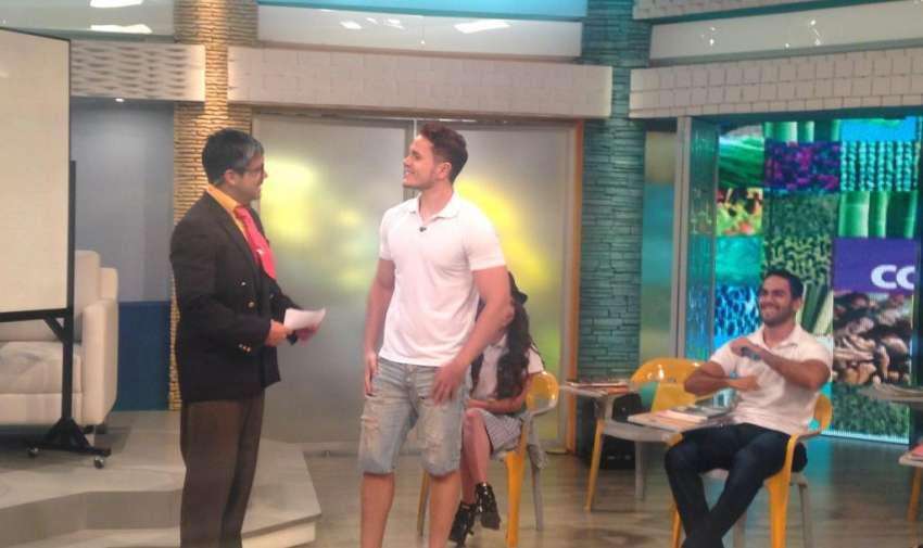 Roger es uno de los participantes de este nuevo reality show, Yingo. Foto: Ecuavisa