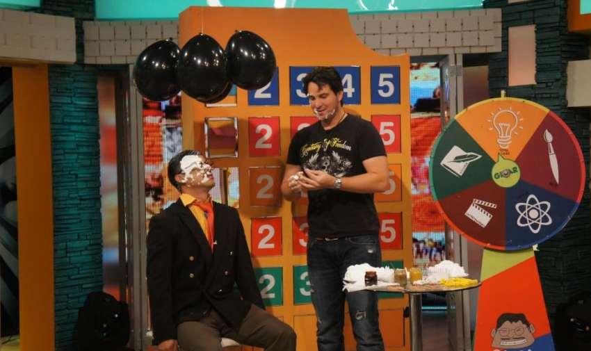El cantante ecuatoriano, Danilo Parra, fue el invitado especial el día de hoy en En Contacto. Foto: Ecuavisa