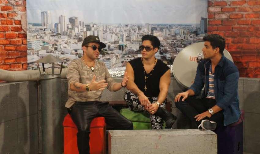 Chino y Nacho junto a Efraín Ruales en En Contacto. Foto: Ecuavisa