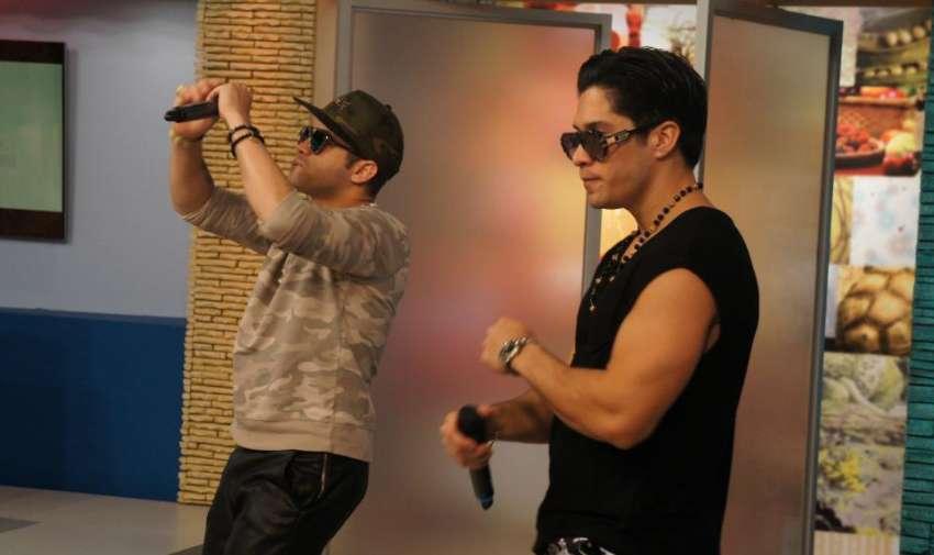 Durante la presentación de Chino y Nacho. Foto: Ecuavisa