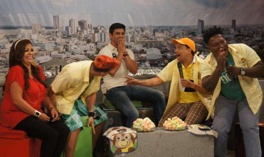 Los actores del Combo Amarillo durante su visita al programa En Contacto. Foto: Ecuavisa