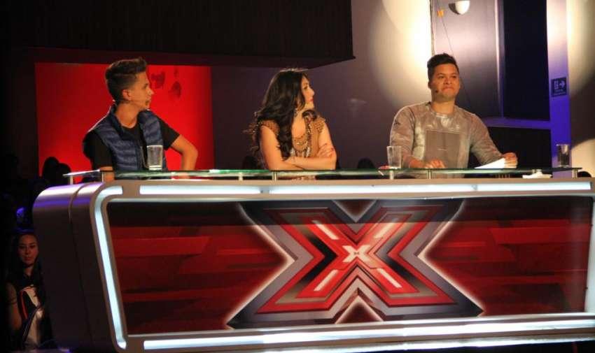 Los jueces de factor x kids, Pamela Cortés, Jorge Luis del Hierro y Maykel. Foto: Ecuavisa