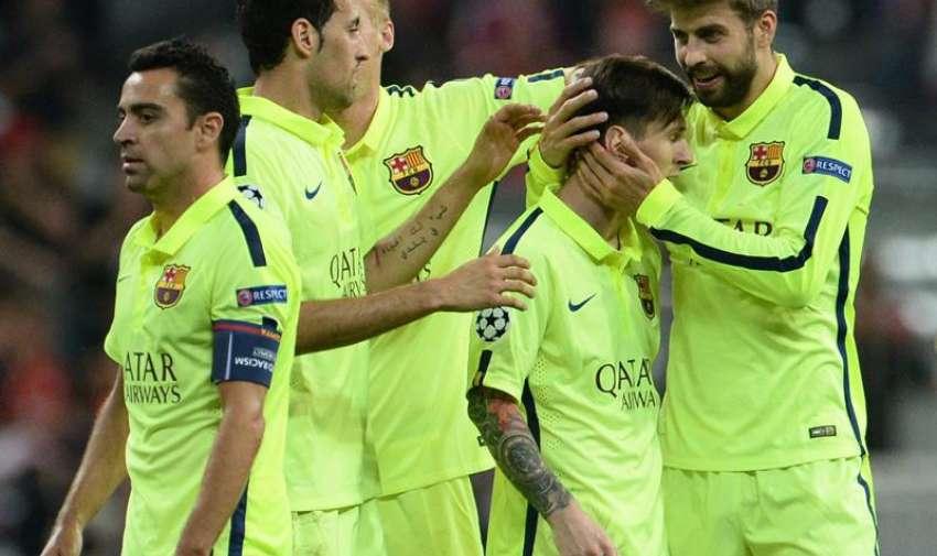Los jugadores del Barcelona celebran hoy, martes 12 de mayo de 2015, durante el segundo partido de una de las semifinales de la Liga de Campeones de la UEFA, entre Barcelona y Bayern, en el estadio Allianz Arena de Múnich (Alemania). EFE
