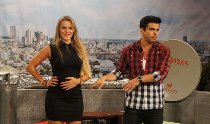 La actriz de 'Tres Familias', Marcela Ruete, visitó En Contacto y habló de su embarazo y de lo feliz que está. Foto: Ecuavisa