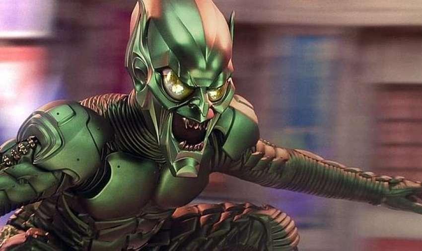 Partiendo de la base de que el traje original de Duende Verde en los cómic es de por sí ridículo, el departamento de vestuario de Spiderman tenía un complicado trabajo. Finalmente, el traje metálico no terminó de convencer a los fans.