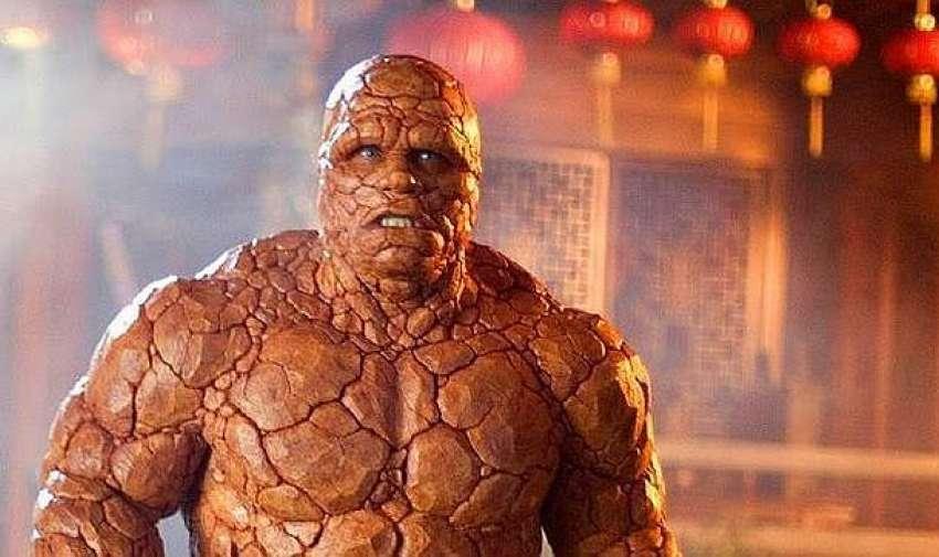 Michael Chiklis dio vida en 2005 al superhéroe de Los Cuatro Fantásticos, pero en esta versión el equipo de efectos visuales no logró darle una apariencia natural al personaje.