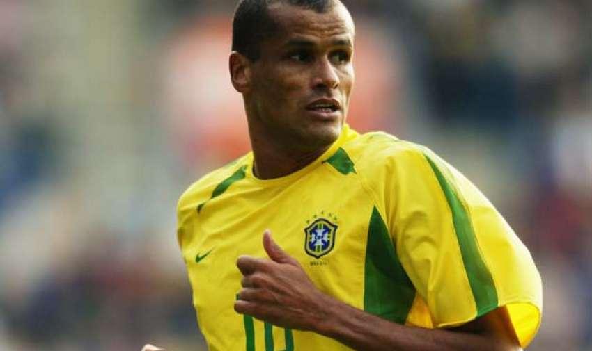 Rivaldo de Brasil goleador en 1999.