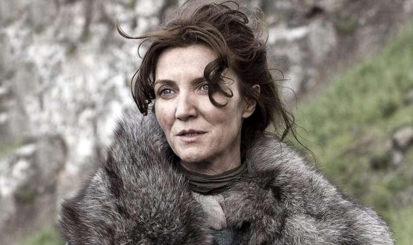 Lady Catelyn, muere en la temporada tres.
