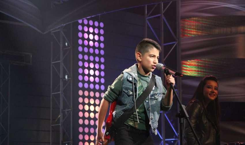 Juanse demostró mucha actitud en el escenario