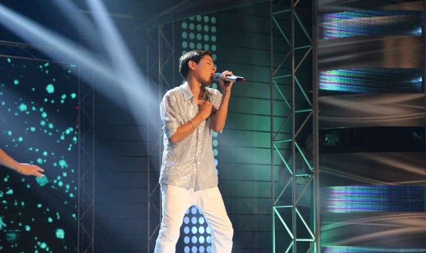 Ítalo mantiene su puesto como el galán de Factor X con una hermosa canción.