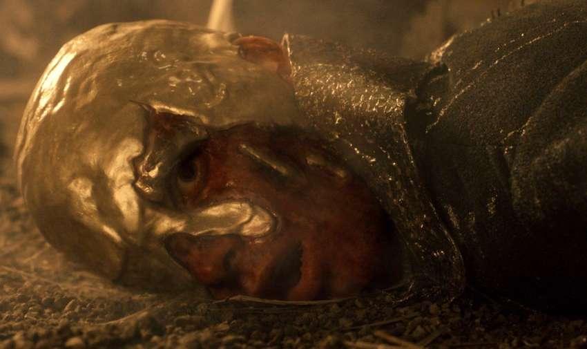 Viserys Targaryen, muere en la temporada uno.