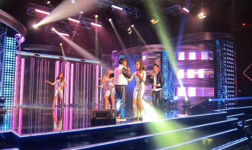 Los Diamantes abrieron la gala tropical de Factor X Kids.