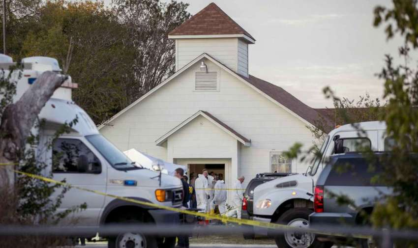 El 5 de noviembre en una iglesia de Texas, un hombre terminó con la vida de 26 feligreses e hirió a otros 20.