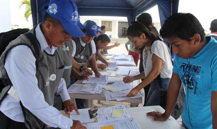 QUITO, Ecuador.- El 21 de enero habrá un simulacro para probar el sistema de preguntas de la consulta popular. Foto: Twitter CNE.