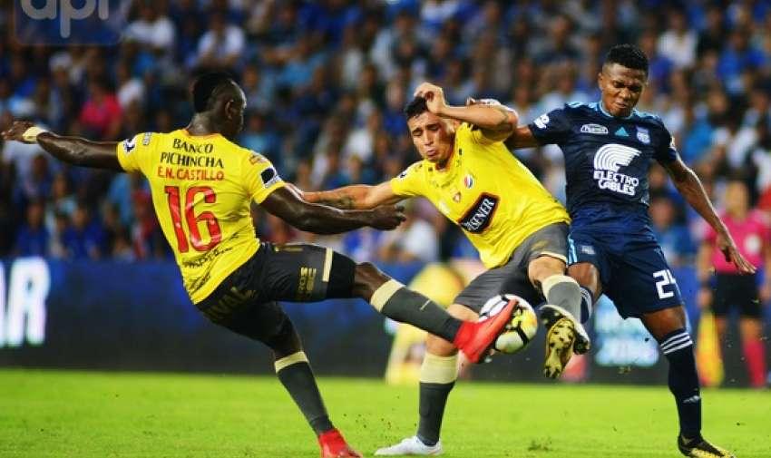 GUAYAQUIL, Ecuador.- Erick Castillo (BSC) logró empatar 2-2 en los últimos segundos en el estadio Capwell. Foto: API