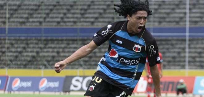 Álex Colón, figura del D. Quito.