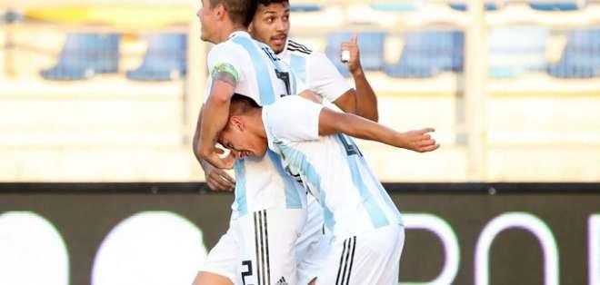 Argentina obtuvo su primera victoria en el hexagonal