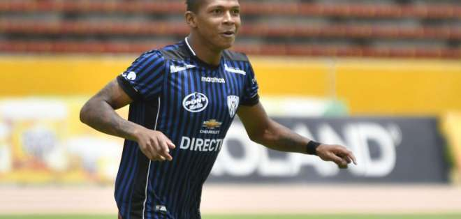 Billy Arce, exfigura de IDV.