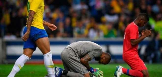 Brasil en su partido ante República Checa.