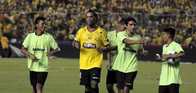 Ronaldinho en la Noche Amarilla.