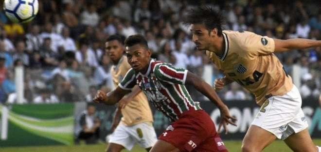Bryan Cabezas con la camiseta de Fluminense