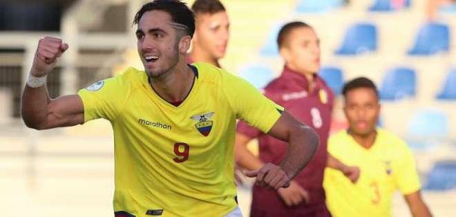 Leonardo Campana, goleador ecuatoriano.