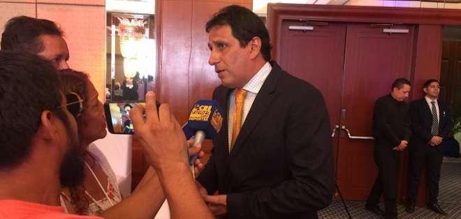 José Cevallos en declaraciones a los medios