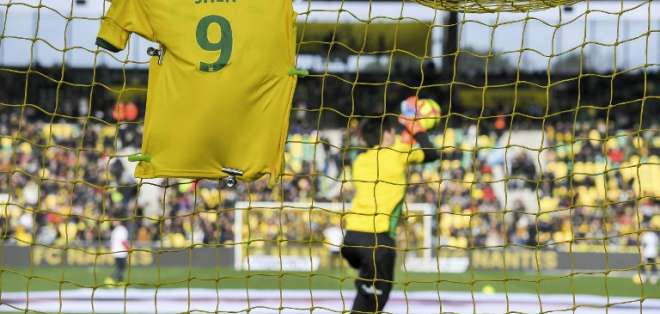 Así lo informó la UEFA a través de un comunicado. Foto: LOIC VENANCE / AFP
