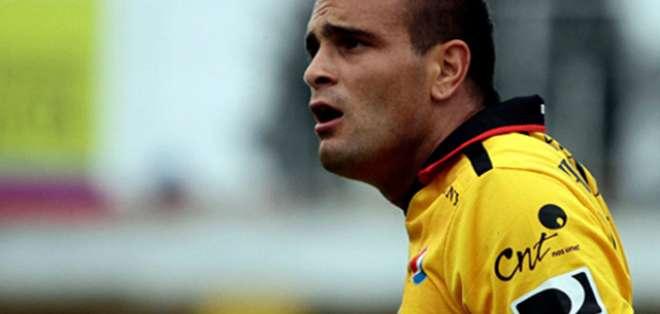 Laurito renueva con América de Quito