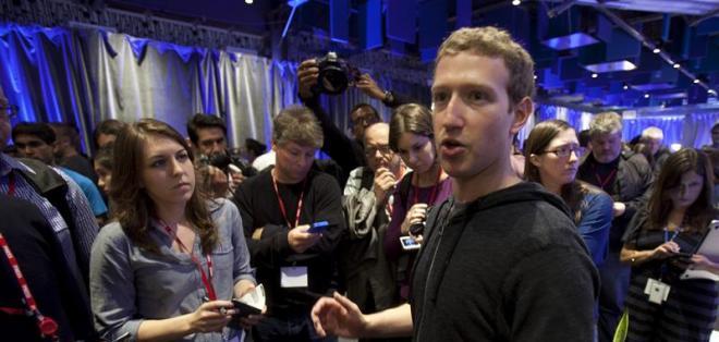 """Facebook se """"adueña"""" de Android con Home. Foto: EFE"""