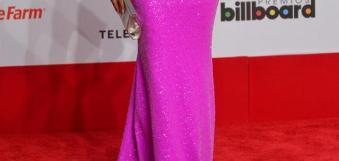 Uno de los vestidos más comentados de la noche es el de Ximena Duque, aunque es un talle bonito, el color es un poco chillón. Foto: EFE.