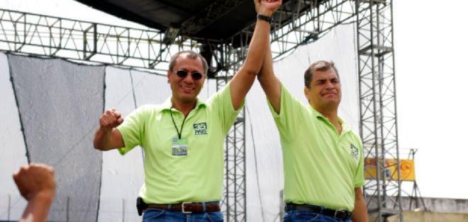 El mandatario llegó al poder con su binomio Jorge Glas, que reemplazará a Lenín Moreno.