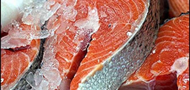 Quizás pronto en su mesa salmón modificado