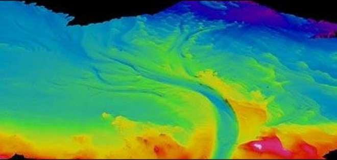El volumen total de fluido en el canal es de 22.000 metros cúbicos por segundo