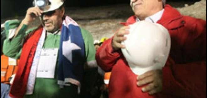 Chile / mineros: del infierno a la gloria