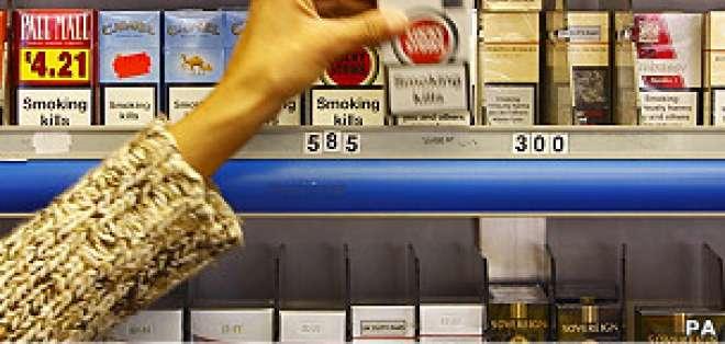 . Investigadores de la Universidad de Stirling en Escocia han creado paquetes de cigarrillos parlantes