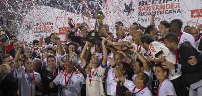 SAO PAULO - Brasil.- Corinthians supera a Barcelona en el Ranking del IFFHS y es el mejor sudamericano. Fuente EFE