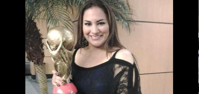 La periodista Mónica Carriel recibió un reconocimiento por su reportaje sobre el Yasuní ITT.