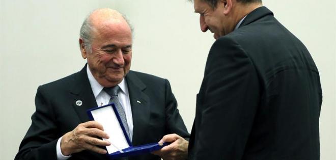 ZURICH, Suiza.- Joseph Blatter felicitó a Ecuador por su clasificación al Mundial. Foto EFE