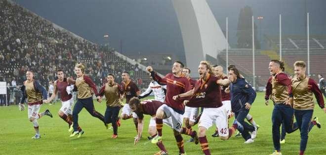 ROMA, Italia.- La Roma va a por la décima victoria, Juventus y Nápoles a seguir el paso. Foto EFE