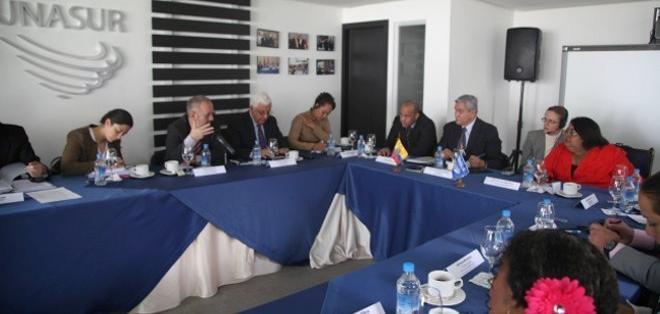 QUITO.- Unasur acompañará elecciones de Ecuador en febrero del próximo año.