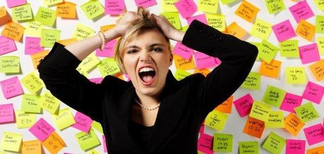 El estrés es un problema transversal al sexo y puesto de trabajo. Foto: Internet