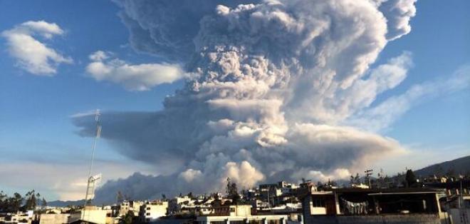 Las poblaciones de Cotaló y Bilbao, por actividad de volcán Tungurahua.