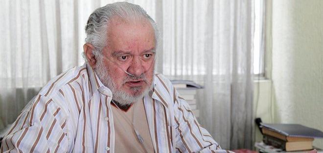 QUITO, Ecuador.- El escritor e historiador guayaquileño fue secretario de Información en el gobierno de Rodrigo Borja. Foto: Andes