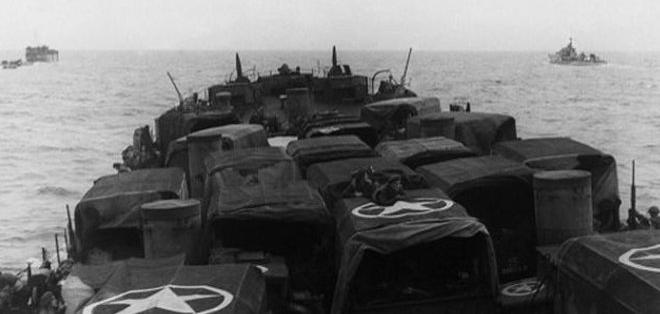 NORMANDÍA.- Durante tres días, los especialistas ejecutaron 16 inmersiones desde una base de operaciones marítima. Foto referencia de Internet